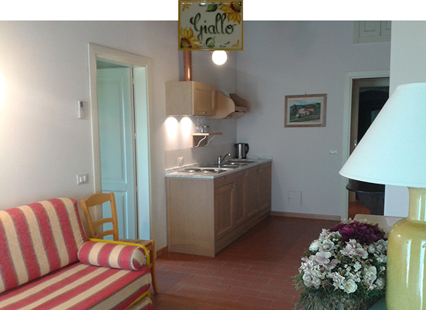 Letto Matrimoniale Giallo : Appartamento giallo piano primo u2013 agriturismo san rocco